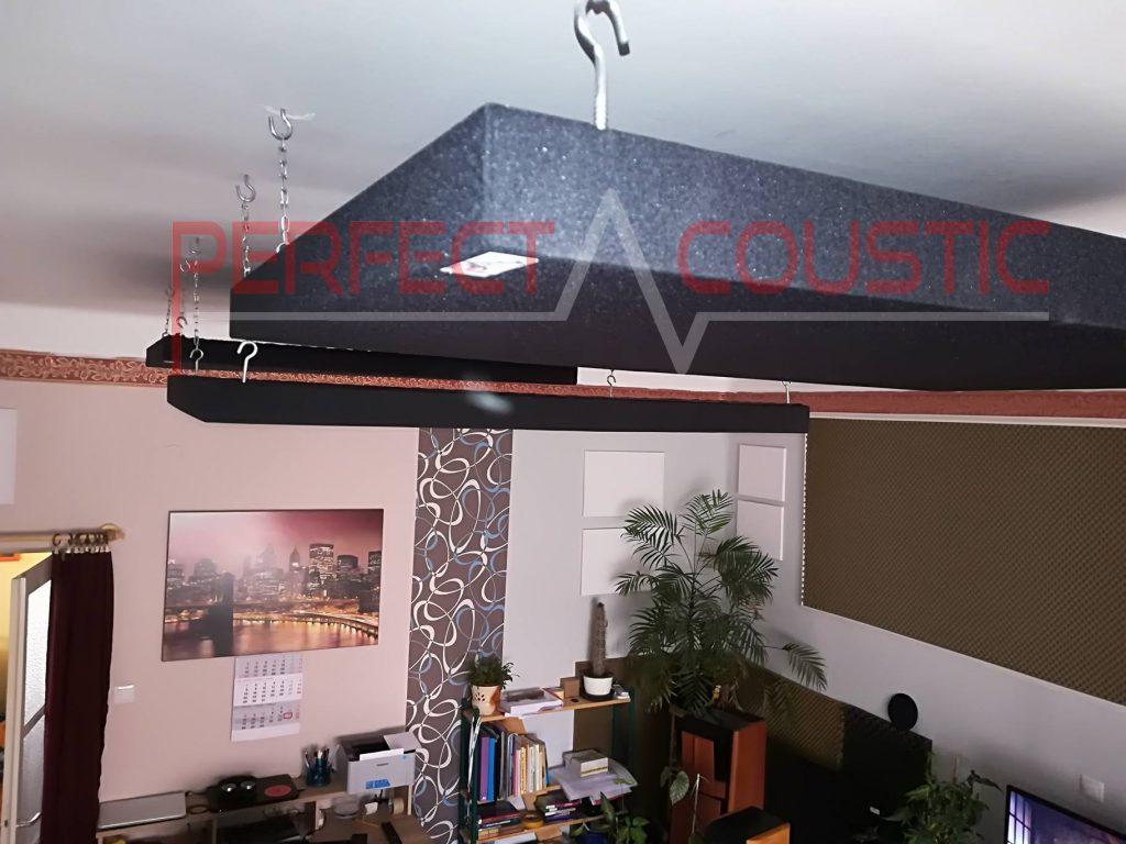 De installatie van een geluidsabsorberend paneel is heel eenvoudig.akoestiek