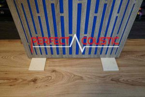 Foldable wooden legs are also available on request (3)