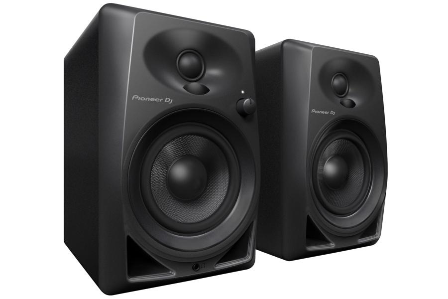 Paar Pioneer DM-40 studiomonitors