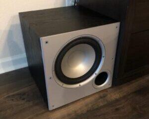 Polk-Audio-PSW10-Subwoofer-Hoofdbeeld-300x300