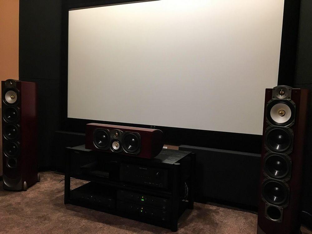 home theater akoestisch ontwerp met rustieke basabsorber (3)