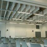 witte plafondpanelen